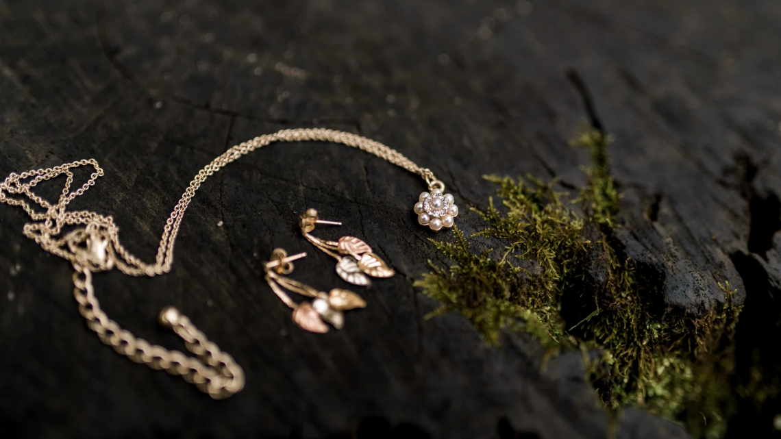 Did You Know That Wearing Gold Jewellery Has These 9 Health Benefits To It?