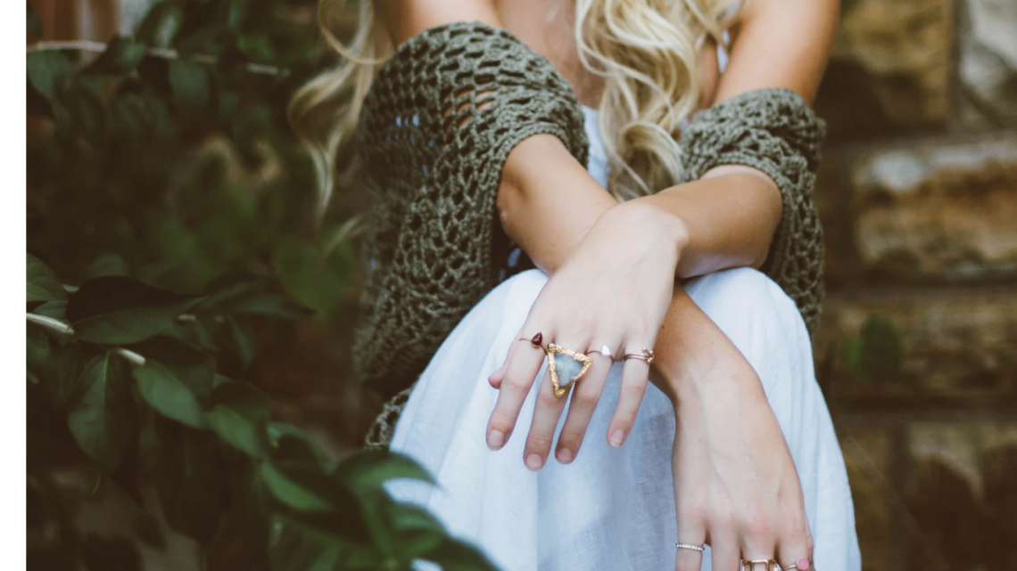 How to Wear Stackable Rings?